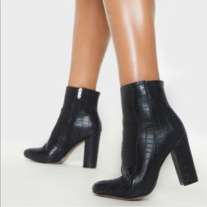 Croc Wide Fit Block Heeled Ankle Boot